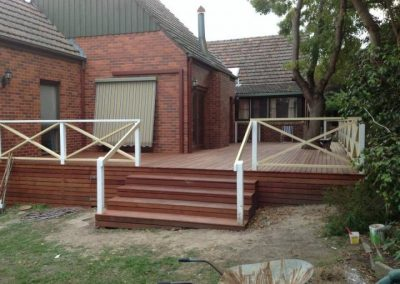 Deck construction in Melbourne